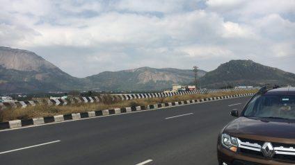 Duster on the Coimbatore Palakkad Highway