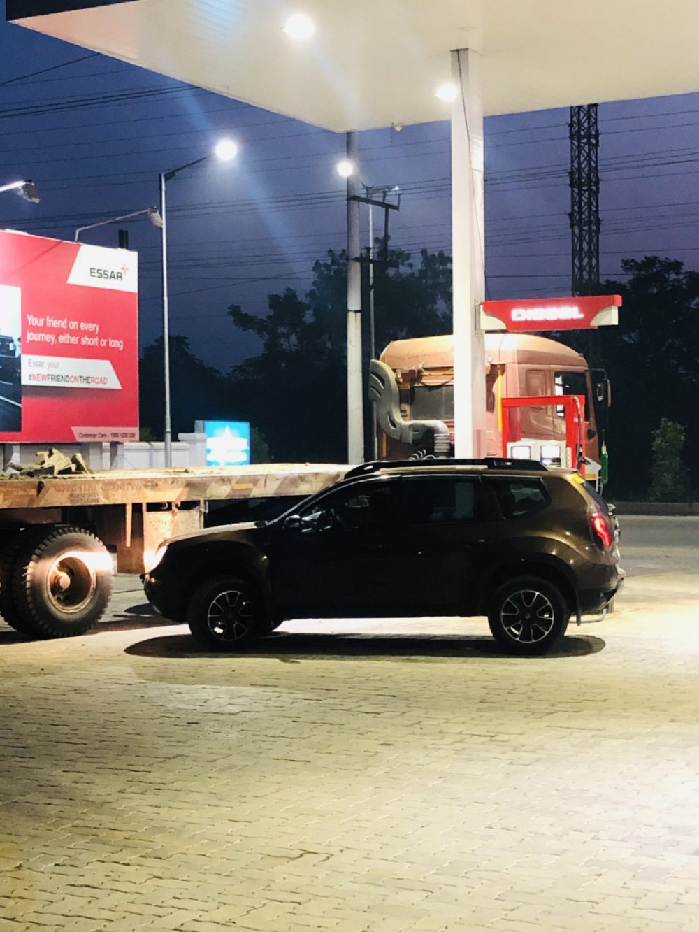 Renault  Duster at a Fueling station