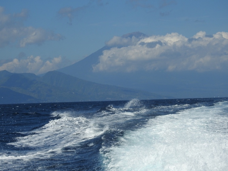Fast Boat Ferry from Amed to Gili Islands